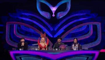 Шоу «Маска»: как прошел первый эфир таинственного проекта, «слезы Каменских и...»
