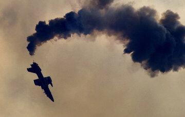 Авіакатастрофа в столиці: знайдено багато трупів, загинули всі, нові фото трагедії