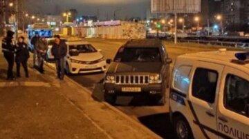 Трагедія на дорозі: у Києві у таксиста зупинилося серце за кермом, кадри наслідків