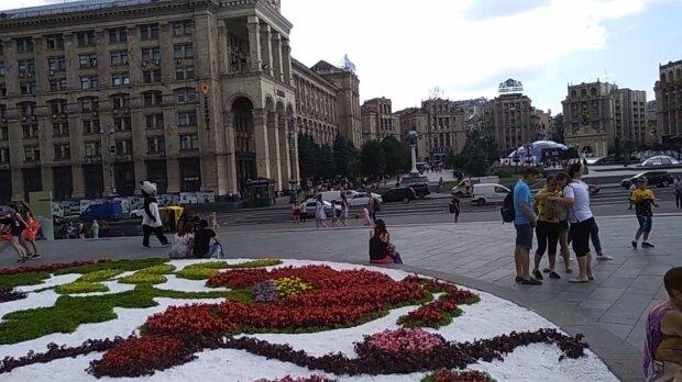 """Майдан Независимости в Киеве изменился до неузнаваемости, фото: """"Ближе к цивилизации"""""""