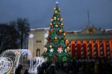 """Открытие главной елки Одессы наделало шума, в мэрии решили оправдаться: """"всему виной..."""""""