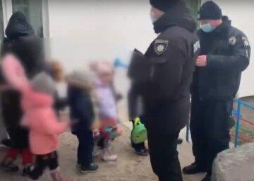 Переполох в Одессе, силовики в спешке выводят людей из 186 детсадов: что происходит