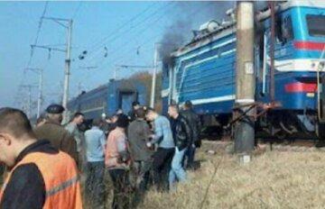 ЧП на железной дороге в Одессе, машинист экстренно затормозил: кадры с места