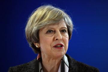 Британський прем'єр публічно осоромилася (відео)