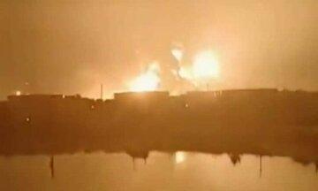 """Мощный взрыв превратил крупнейший НПЗ в факел, """"скорые"""" развозят раненых: """"Это ад!"""""""