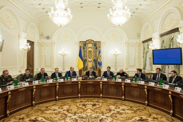 Порошенко розповів про нову атаку з боку Кремля (фото)