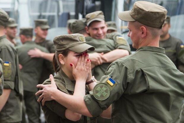 Воинская дружба: как нацгвардейцы отправляли побратимов на фронт (фото)