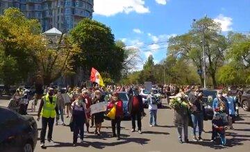 Як відзначать 8 і 9 травня в Одесі: заборона паркування, покладання квітів і не тільки