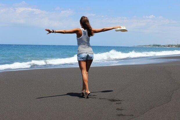 море, пляж, девушка