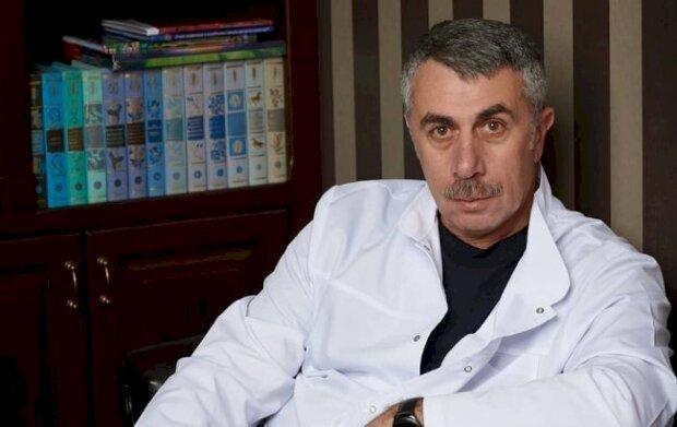"""Комаровский разрушил миф об уходе за грудничками: """"Если с набором веса проблемы… """""""
