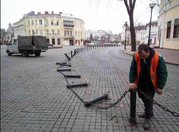 Гість з Росії влаштував погром в центрі Одеси: момент потрапив на камери