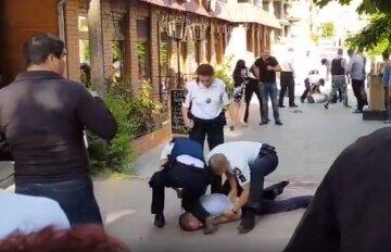 Иностранцы устроили поножовщину в ресторане Одессы: что известно