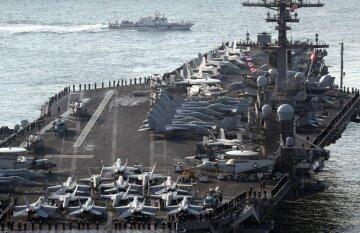 »Уничтоженный» Ким Чен Ыном авианосец США начал учения у Корейского полуострова (видео)