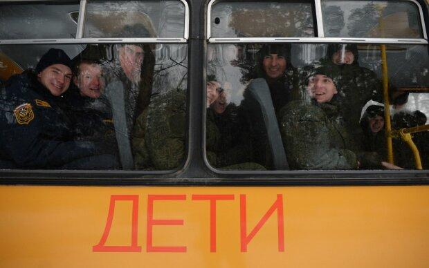 """Путінська машина взялася ламати дітей: """"нехай звикають"""", відео безумства потрапило в мережу"""
