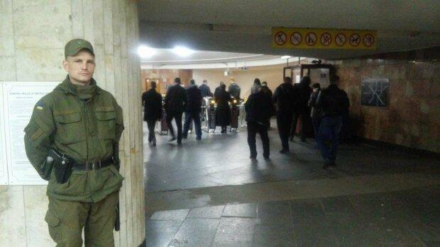 метро военный усиление режима охрана