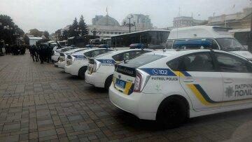 Марш ЛГБТ в Киеве: заблокировано отделение полиции, дорогу взяли в осаду, не пропускают даже троллейбусы