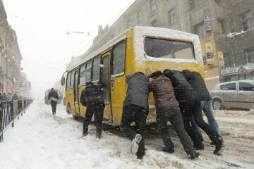 Гробы на колесах: киевские маршрутки проверили на безопасность