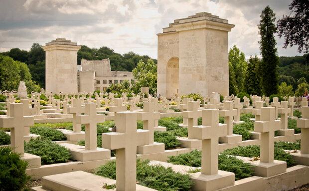 кладбище, кресты,