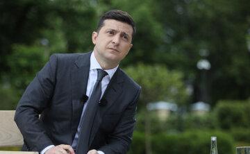 """Зеленский сравнил себя с Порошенко и отказался выносить обещанный приговор: """"я уважаю..."""""""