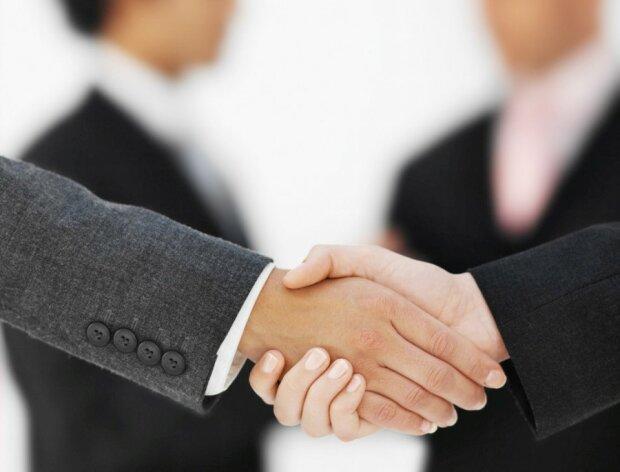 Нардеп из БПП сотрудничает с «ЛДНР», раскрыта схема