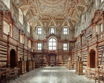 Снимки чарующих интерьеров итальянских дворцов (фото)