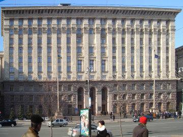 Вибух в Голосієво: чиновники розповіли, що чекає на потерпілих