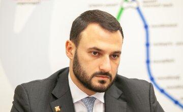 Дмитро Давтян