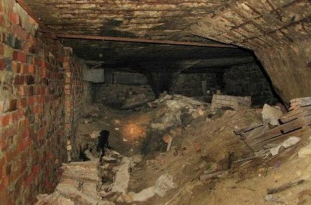 Таємні тунелі і диявольські обряди: дніпрян до сивини налякало містичне незрозуміле місце