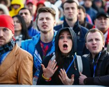 натовп, здивування, росіяни