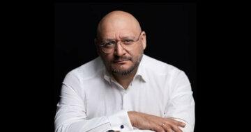"""На концерті 9 травня Михайло Добкін виконав пісню """"Темна ніч"""""""