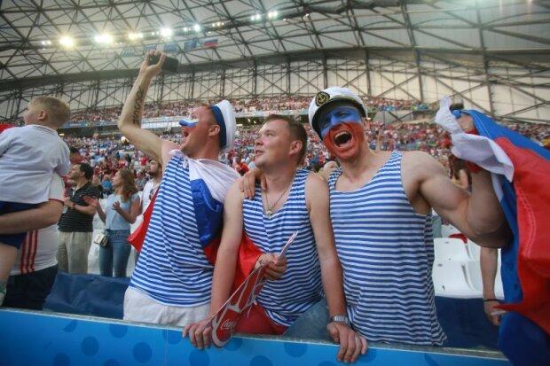 россия болельщики рф