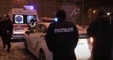 """В Одесі тіло дитини знайшли повішеним на дверях: """"мати залишила одного, а коли повернулася..."""""""