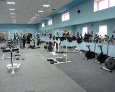 спортивній зал