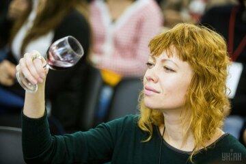 вино алкоголь дегустатор УНИАН