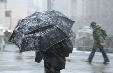 Циклон обрушится на украинцев мощными дождями и снегом, свежий прогноз: где будет холоднее всего