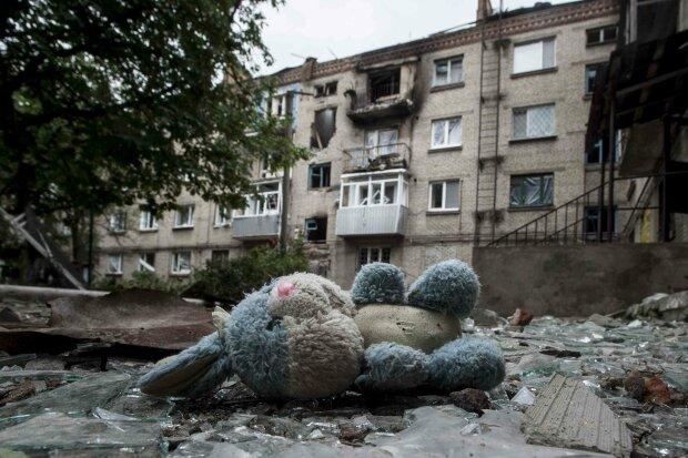 Україна повинна призначити свого представника на переговори з мирного врегулювання, – Вакаров