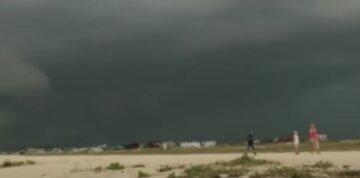 Новая стихия надвигается на Одесчину, погода резко испортится: когда ждать