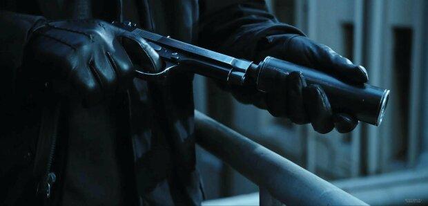 pistolet_s_glushitelem