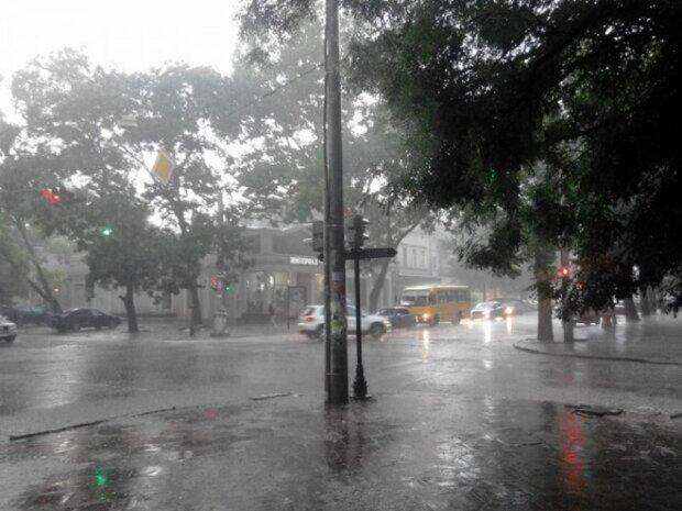 Мощный циклон несется в Харьков, погода резко испортится: дожди, шквальный ветер и прочие неприятности