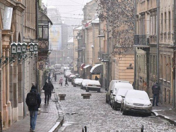 Погода у Львові: 27 грудня очікують потепління та пориви вітру