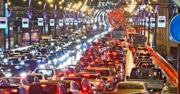 Пробки парализовали центр Киева