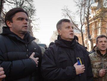 Макиян Лубкивский, Валентин Наливайченко