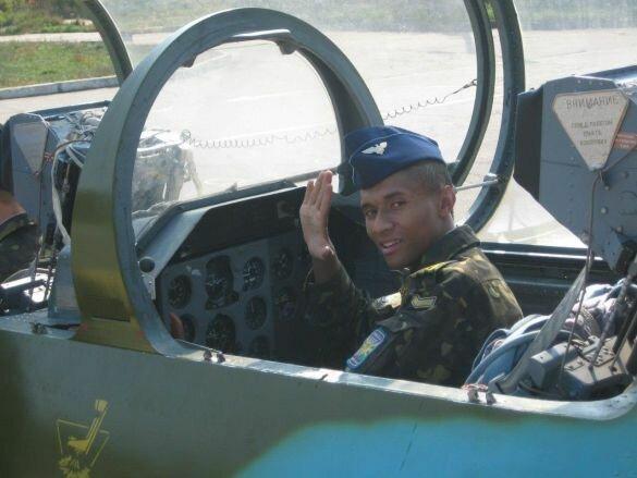 """""""Ти мріяв літати, але полетів назавжди"""": друг загиблого курсанта написав зворушливий прощальний лист, фото"""