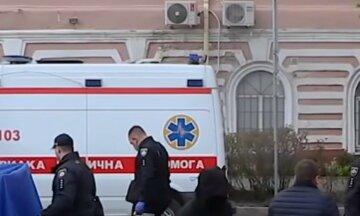 """""""Били дівчатка"""": другокласника з важкими травмами рятують лікарі, деталі НП в українській школі"""