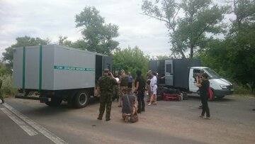 Бойовики «ДНР» передали Україні 23 ув'язнених (фото)
