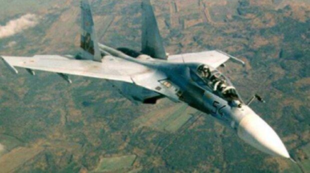 """""""Показали величие своей армии"""": россияне ошибочно атаковали собственный военный самолет, детали ЧП"""