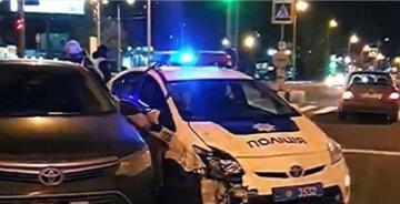 Пересек двойную сплошную: в Харькове авто протаранило машину патрульных, фото последствий