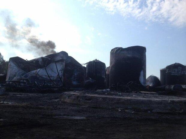 Пожар Васильков нефтебаза
