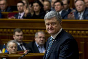 »Бред полный»: Порошенко допустил роковую ошибку, его партия обречена в Раде