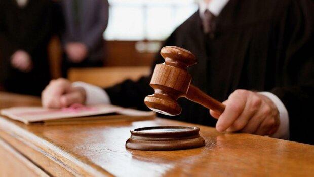 """Прокурора и следователя по делу бронежилеты """"ТЕМП-3000"""" отстранили от дела в суде за неправомерные действия"""